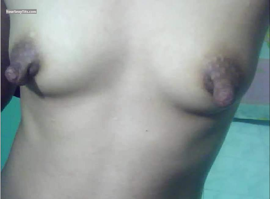 Very small Tits Mosie